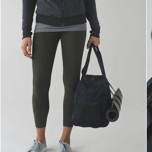 lululemon athletica Bags - LULULEMON Urban Warrior black duffel bag